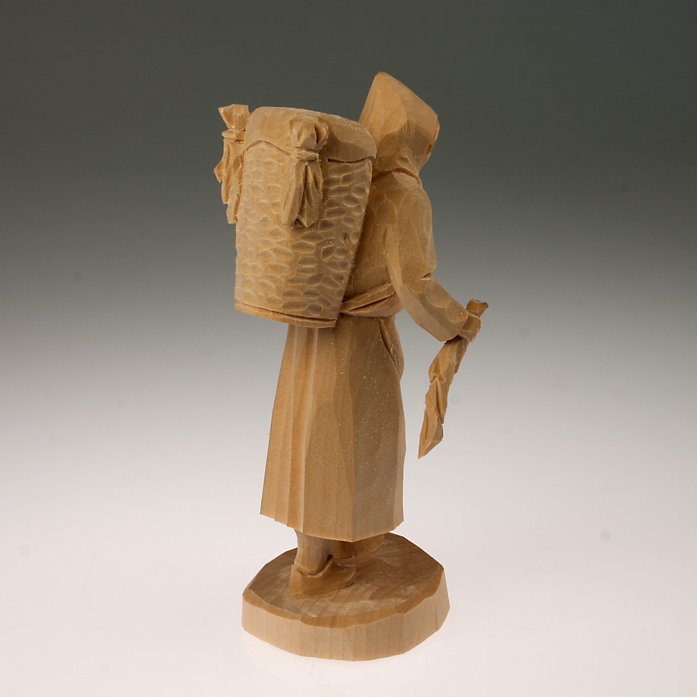 Vorlage zum Nachschnitzen, Holzfrau